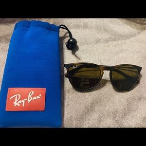 NWOT Children's size authentic Ray Ban's